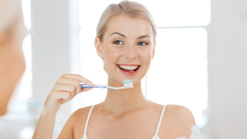 You can prevent tooth decay and gum disease with the help of these eight oral care tips.