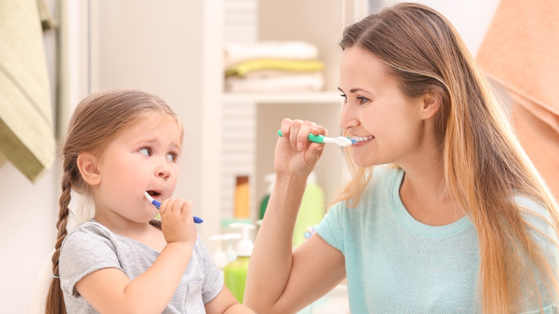 Follow this guide to learn how to brush and floss your teeth and gums properly.