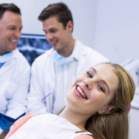 Selecting a FAGD dentist means choosing a professional recognized among the very few.