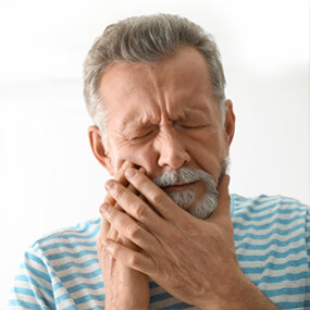 Oral health issues can worsen overall health symptoms and even lead to them.