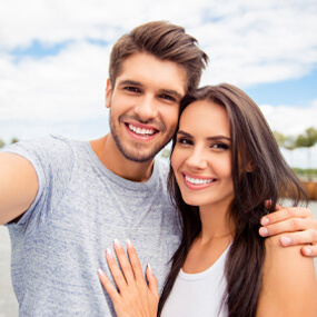 Cosmetic bonding and porcelain veneers can both correct a wide range of dental issues.