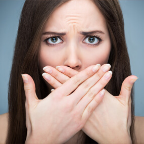 Bad breath is avoidable with proper oral hygiene, a balanced diet and hydration.