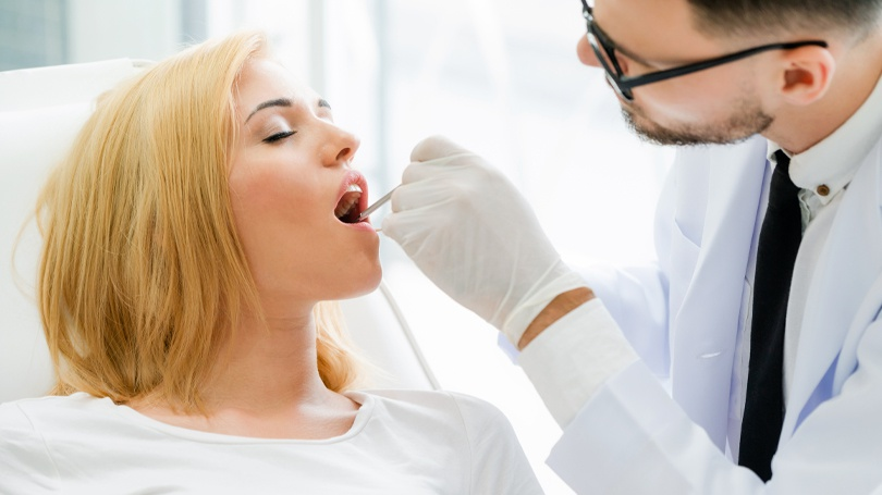 Many dentists will recommend extracting a wisdom tooth that has a cavity, but there are cases where restoration may be the better choice.